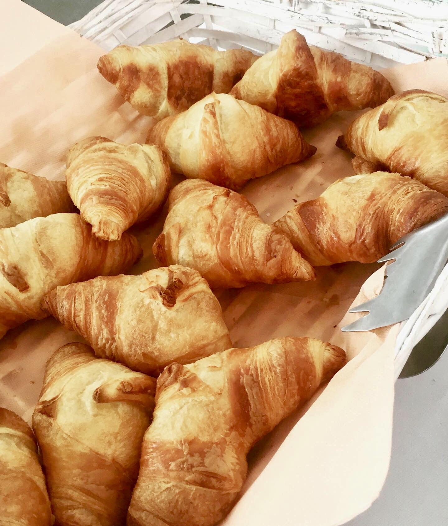 Croissant freschi a colazione...